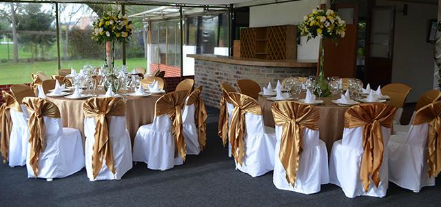 salón decorado para bodas de oro