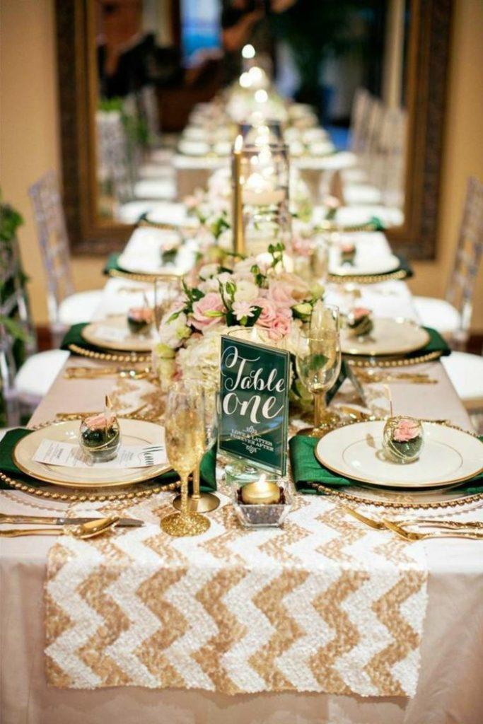 mesa rectangular para bodas de oro decoración