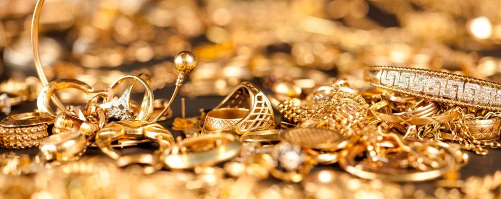 regalar prendas de oro para celebración de 50 aniversario de matrimonio