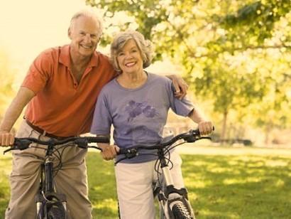 paseo en bicicleta como regalo de bodas de oro